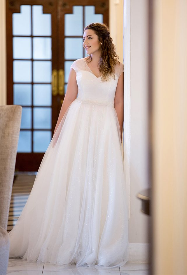 Beautiful ivory, tulle a-line design
